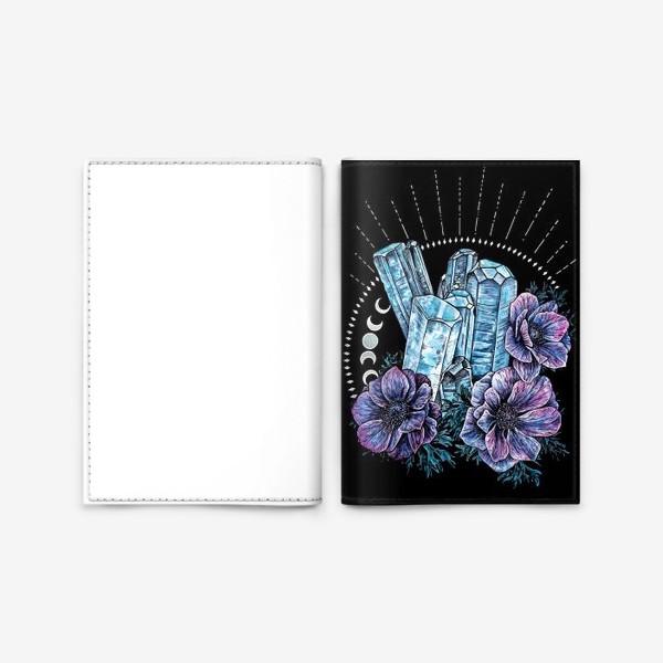 Обложка для паспорта «Аквамарин и анемоны на черном фоне, кристалл и цветы »