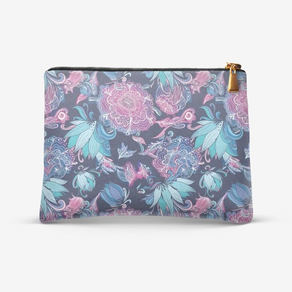 Косметичка «Волшебный сад с лилиями и пионами на синем фоне»