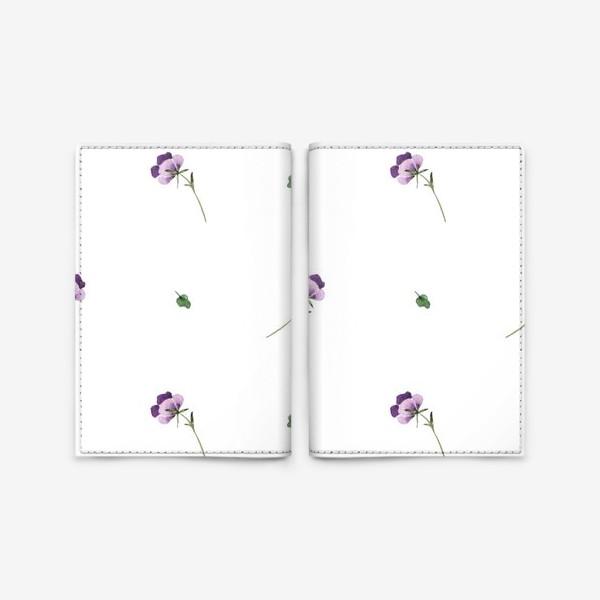 Обложка для паспорта «Орнамент из фиолетовых цветов»