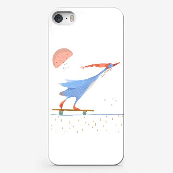 Чехол iPhone «Гусь в красном колпаке едет на скейте»