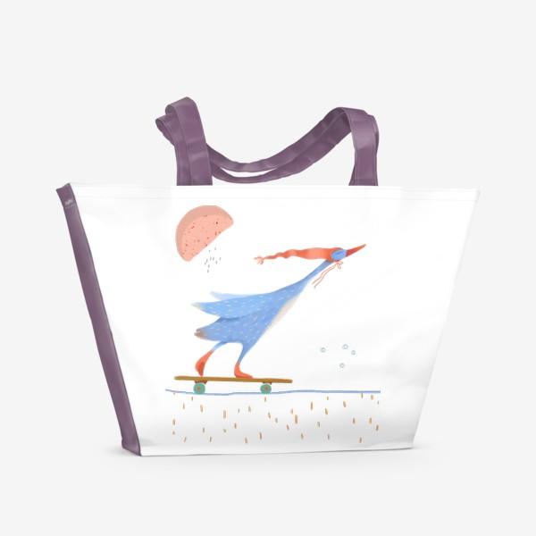 Пляжная сумка «Гусь в красном колпаке едет на скейте»