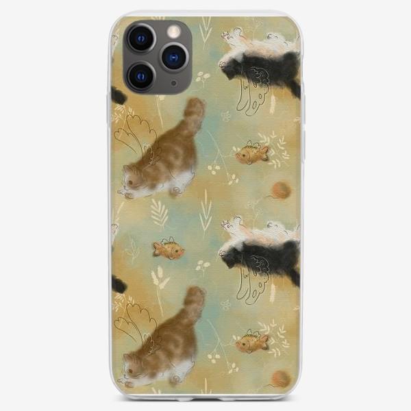 Чехол iPhone «Играющие котики. Котики с рыбками.»