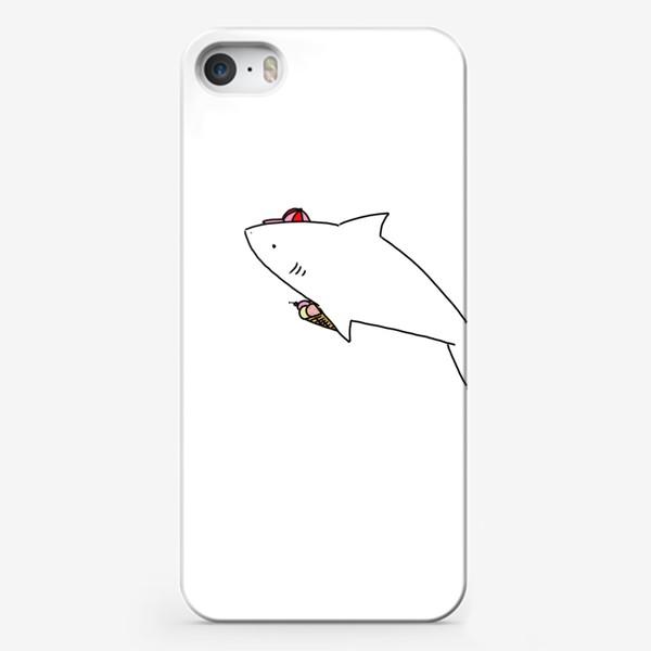 Чехол iPhone «Акула в кепочке с рожком мороженого»