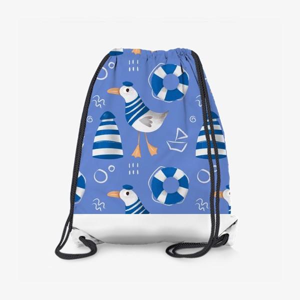 Рюкзак «Море, Чайки в тельняшке, Маяки на голубом фоне. для моряка»