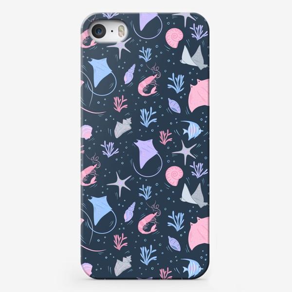 Чехол iPhone «Скаты/креветки/рыбки/ракушки»