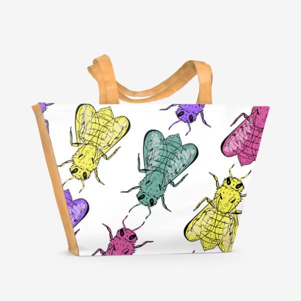 Пляжная сумка «Паттерн из пчел в стиле поп-арт»