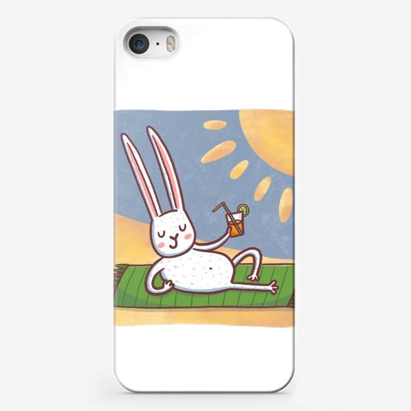 Чехол iPhone «Зайчик на пляже. Отдых. Пейзаж»
