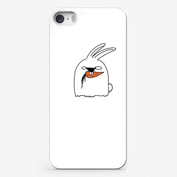 Чехол iPhone «Кролик грызет морковь »