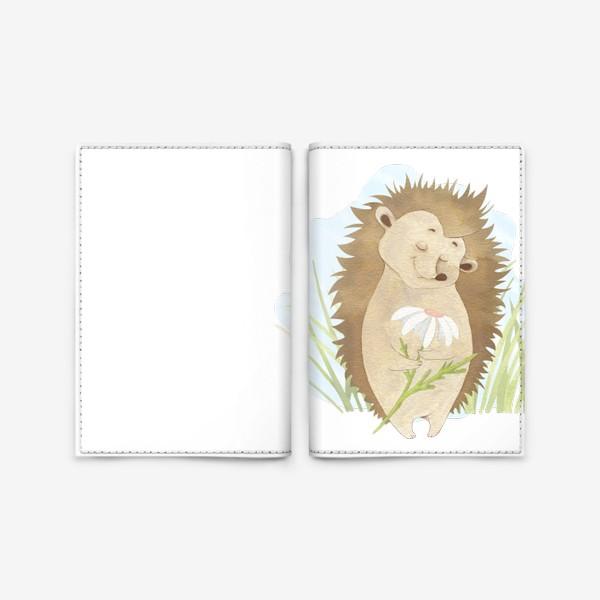 Обложка для паспорта «Ёжик с ромашкой»