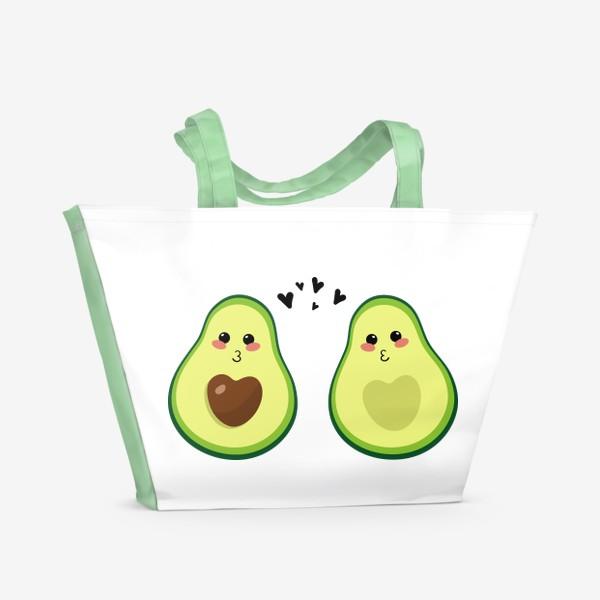 Пляжная сумка «Милая пара, авокадо эмодзи (смайлики) и сердечки, поцелуй»