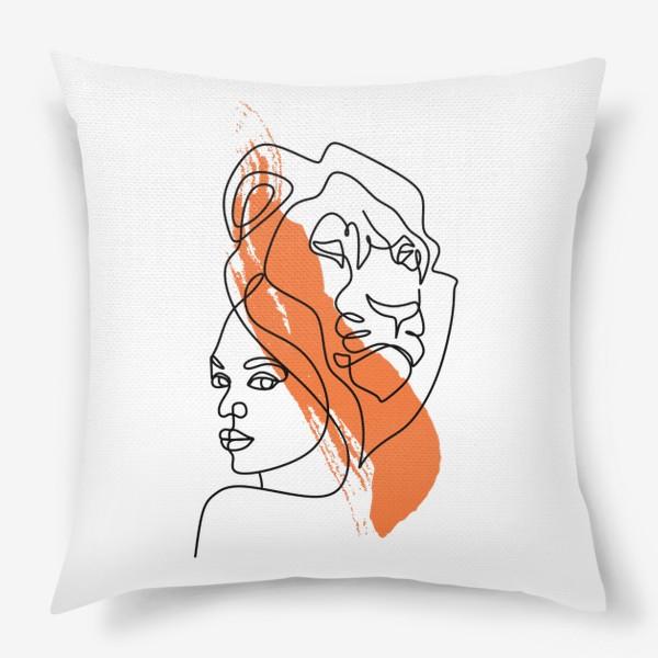 Подушка «Девушка-Лев»