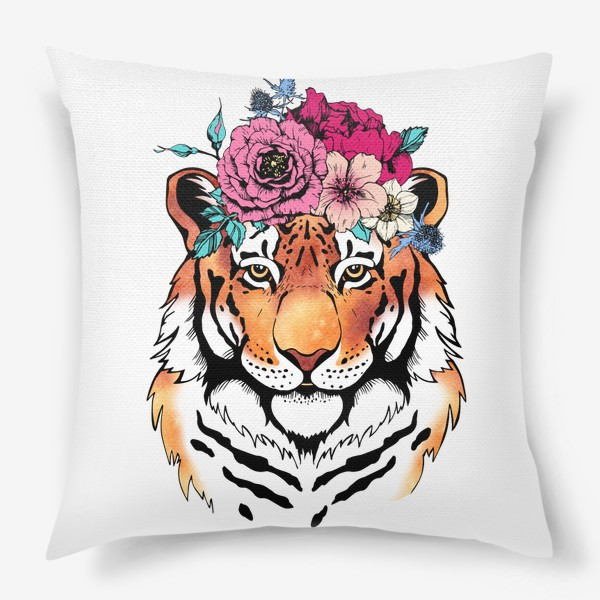 Подушка «Тигрица в цветочном венке»