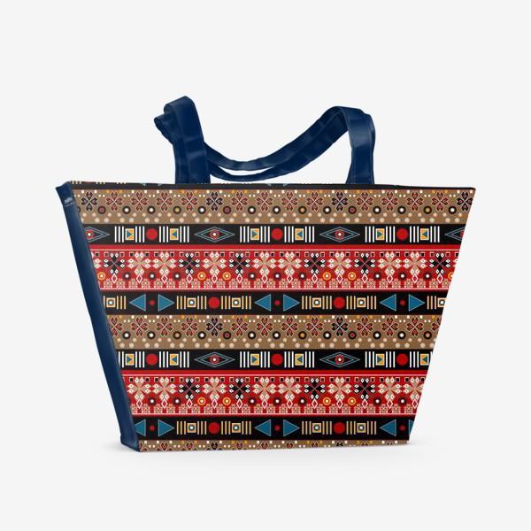 Пляжная сумка «Этнический красно-синий орнамент»