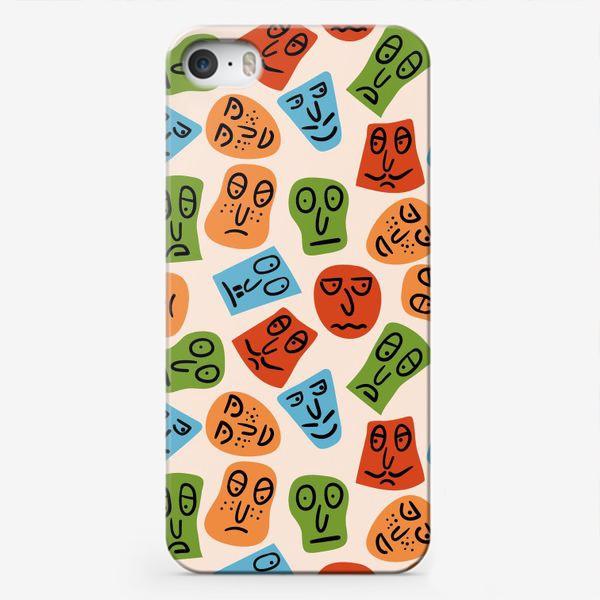 Чехол iPhone «Рожицы с различными эмоциями и абстрактные пятна»