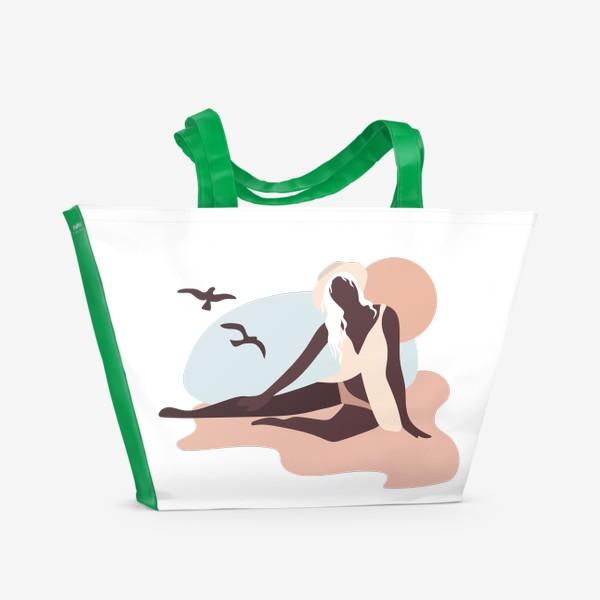 Пляжная сумка «Девушка на берегу моря - пастельные тона»