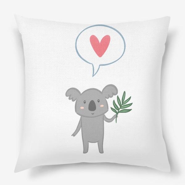 Подушка «Коала с листом эвкалипта и сердечком»