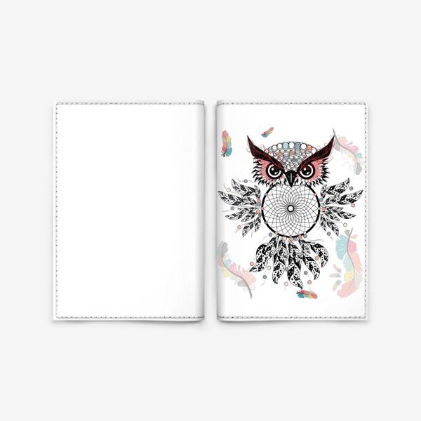 Обложка для паспорта «Сова ловец снов с черно-белыми перьями»