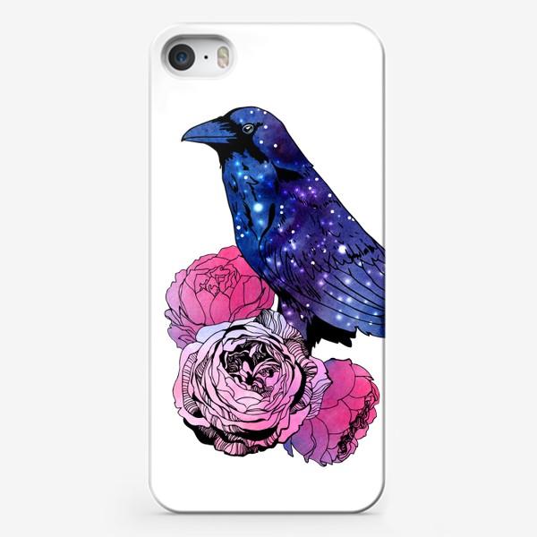 Чехол iPhone «Космический  ворон и цветы»