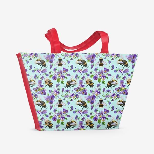 Пляжная сумка «Шмели и фиалки на бирюзовом фоне»