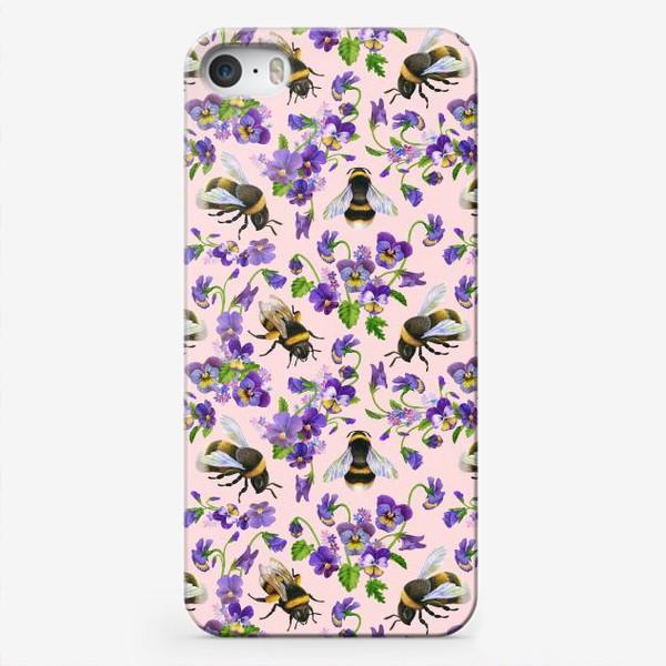 Чехол iPhone «Шмели, пчёлы, насекомые, фиалки, виолы, анютины глазки, розовый фон»