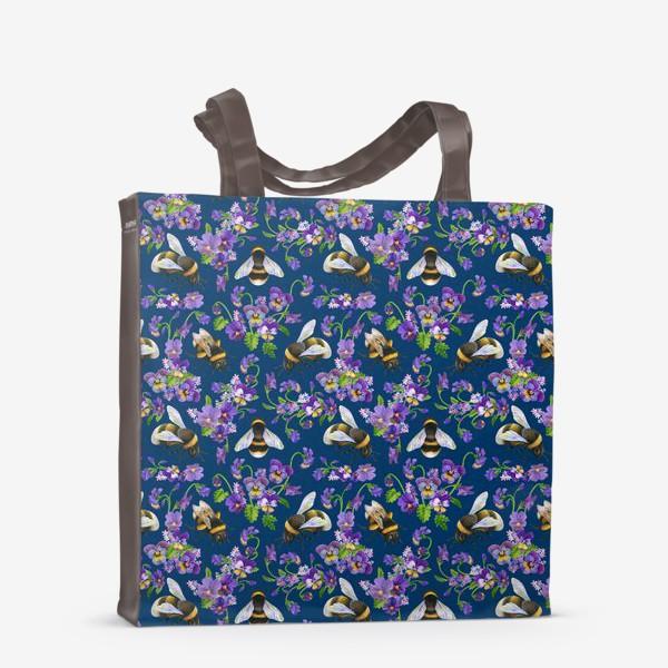 Сумка-шоппер «Шмели, пчёлы, фиалки, виолы, анютины глазки на синем фоне»