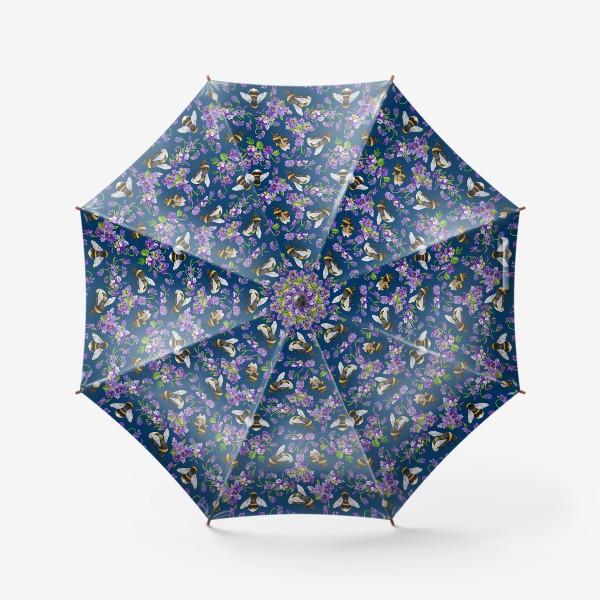 Зонт «Шмели, пчёлы, фиалки, виолы, анютины глазки на синем фоне»