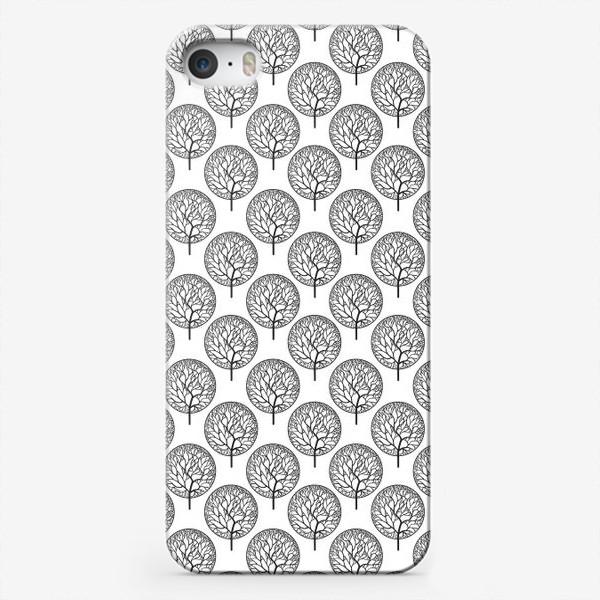 Чехол iPhone «Абстрактные черные деревья»