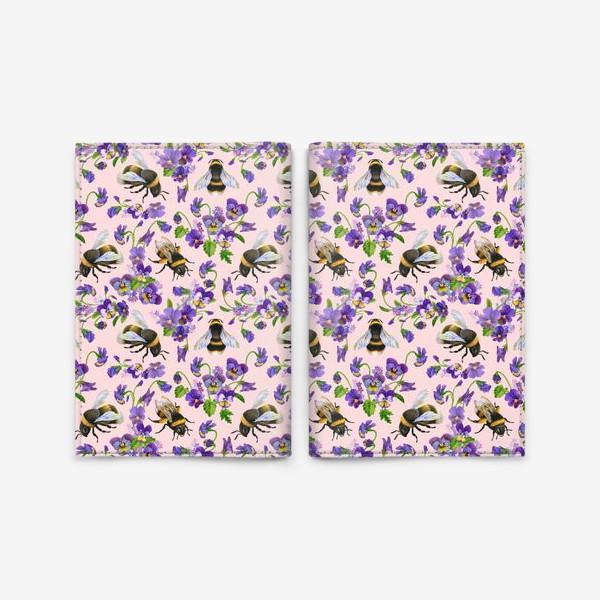 Обложка для паспорта «Шмели, пчёлы, насекомые, фиалки, виолы, анютины глазки, розовый фон»