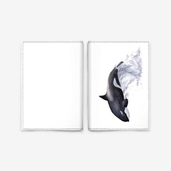 Обложка для паспорта «Рыба Косатка выпрыгивает из воды»