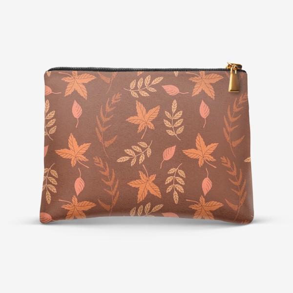 Косметичка «Осенние листья на коричнево красном»