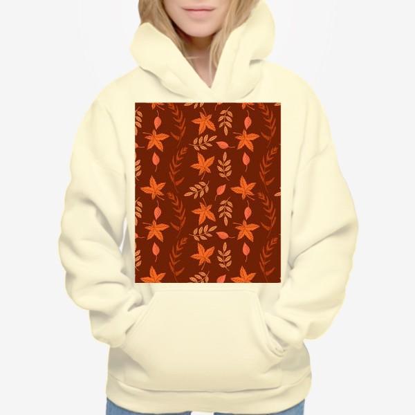 Худи «Осенние листья на коричнево красном»