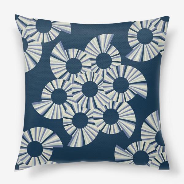 Подушка «Абстрактные круги на темно синем фоне»