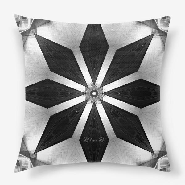 Подушка «Звёздная мандала»