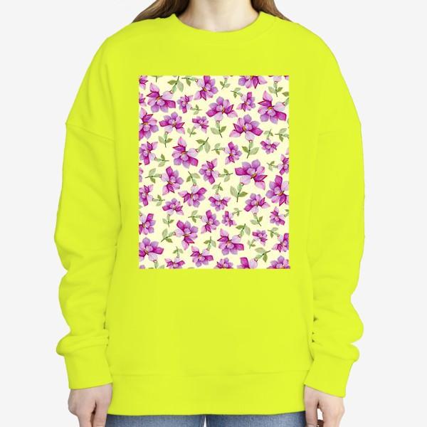 Свитшот «Цветок Магнолии на светло-желтом фоне»