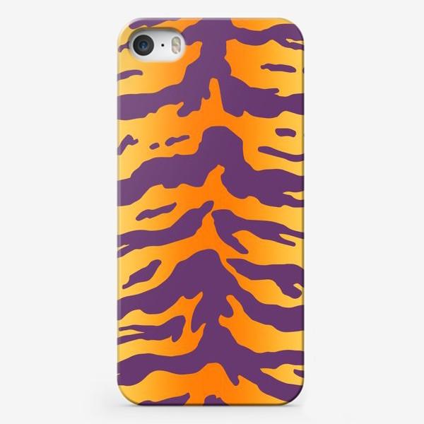 Чехол iPhone «Яркий тигровый паттерн. Фиолетовые полоски на желтом фоне»
