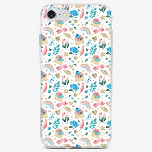 Чехол iPhone «Бесшовный паттерн. Романтика, перья, конверты, стрекозы и цветы (мелко)»