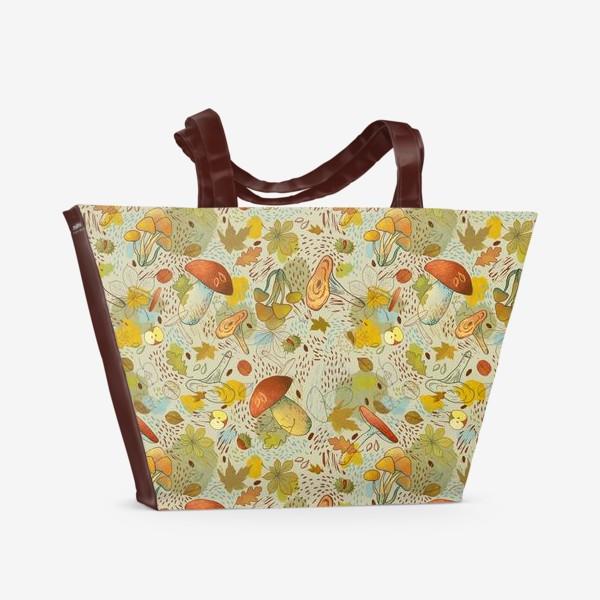 Пляжная сумка «Грибы. Лесной осенний паттерн.»