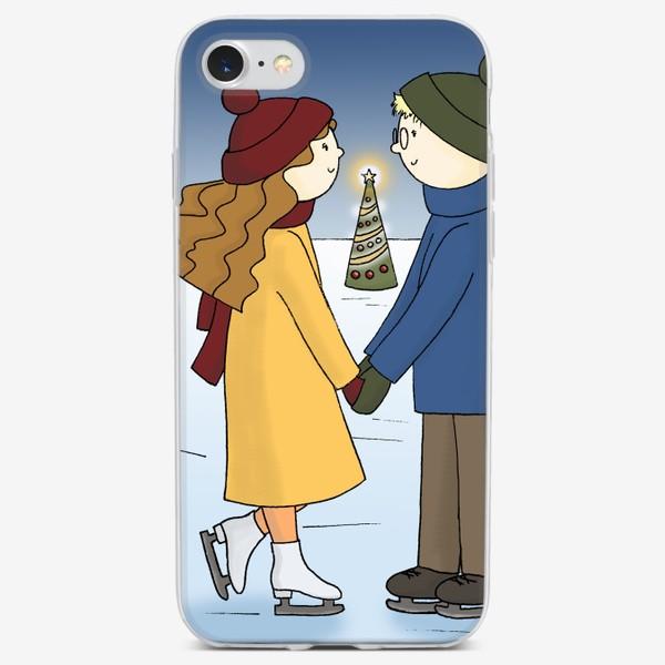 Чехол iPhone «Влюбленная пара Парень и Девушка катаются на Коньках Couple in love Boy and Girl are Ice Skating by Christmas tree»