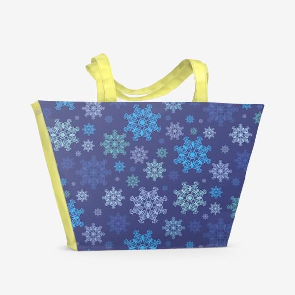 Пляжная сумка «Летящие снежинки ( Flying snowflakes )»