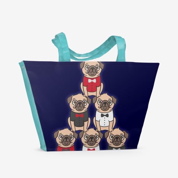Пляжная сумка «Пирамида мопсов (собаки в красивых бабочках)»
