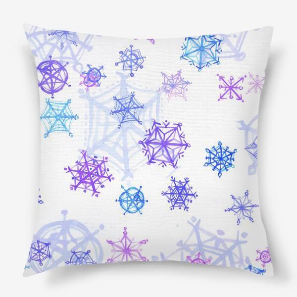 Подушка «Снежный паттерн»