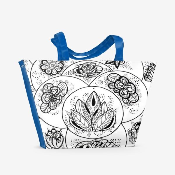 Пляжная сумка «Цветы в черно-белом»