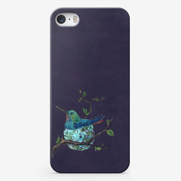 Чехол iPhone «колибри в гнездышке»