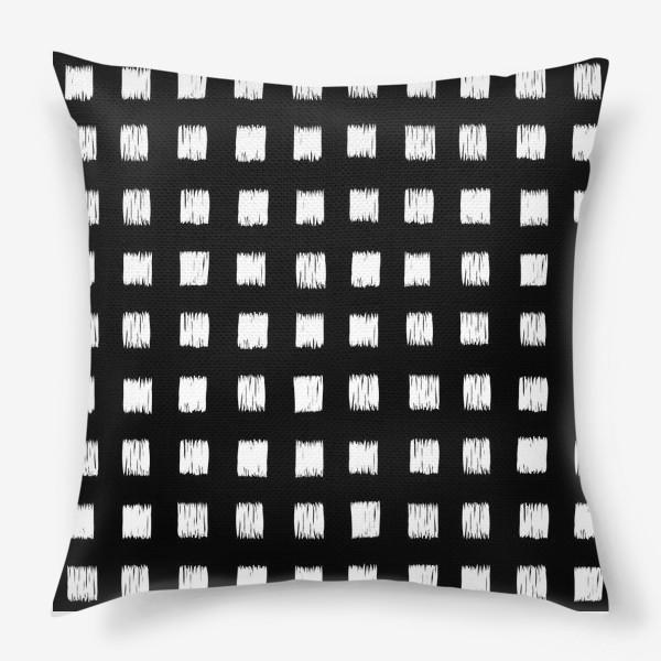 Подушка «Чёрно-белые клетки»