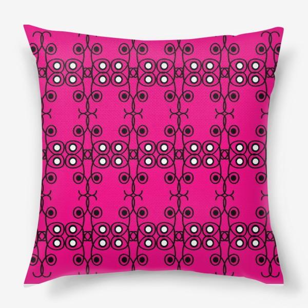 Подушка «Абстрактный чёрно-розовый этнический паттерн»