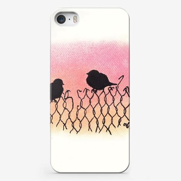 Чехол iPhone «Птицы на рабице на закате»