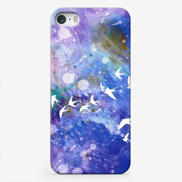 Чехол iPhone «Космический полёт ласточек»