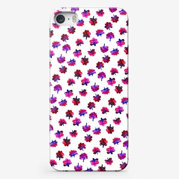 Чехол iPhone «Красные цветочки»