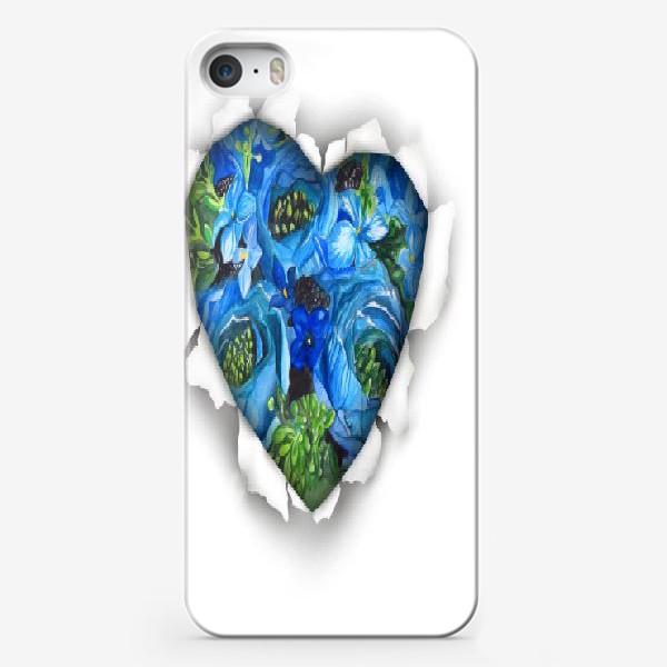 Чехол iPhone «Сердце голубых цветов»