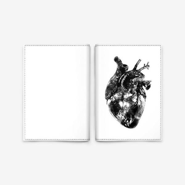 Обложка для паспорта «Послушай как бьётся сердце...»